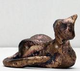 brons-Poesje-liggend-beelden-brons-zandlijn