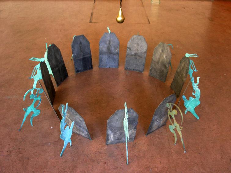 ws-tijdscirkel-beelden-brons-zandlijn